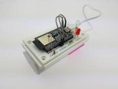Prototype van een sensorknooppunt dat meetwaarden naar de cloud verzendt.