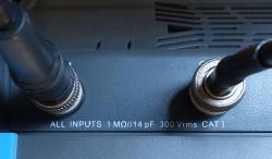 Micsig-Review-Elektor-inputs-ventilation