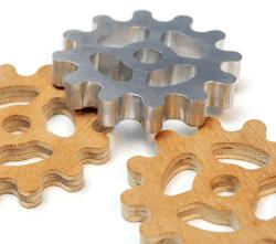 Click to enlarge | CNC Elektor-Labs - Cogwheels - plywood - aluminum