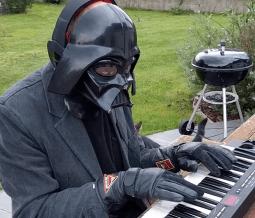 Elektor-video-Olympics-MicroTesla-Darth-Vader