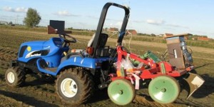 Self-learning driverless tractor