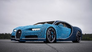 Bugatti Chiron copied using Lego bricks