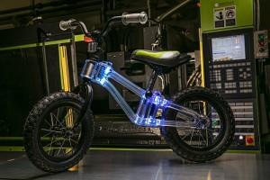Phantom Frames bike with in-frame dynamic LED lighting