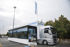Acts as booth at the embedded world trade fair: the Rutronik Event-Truck.