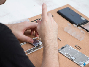 The modular architecture of the Fairphone 2 gives ownership to the user