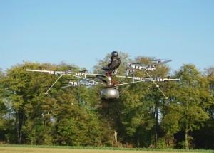 Erstflug eines bemannten Elektro-Multikopters
