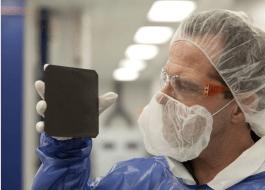 Solarzellen schwärzer als schwarz