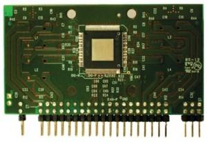 Das IC FDA801 hat vier Kanäle zu je 28W Ausgangsleistung