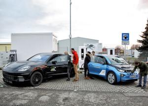 FastCharge: Laden mit 450 kW. Bild: BMW.