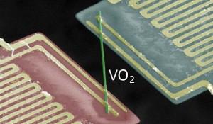 Leitet Strom, aber nicht Wärme: VO2 verletzt physikalische Gesetze!