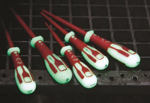 Distrelec erweitert Sortiment mit Branchenweit ersten Phosphoreszierenden Schraubendrehern von C.K Tools