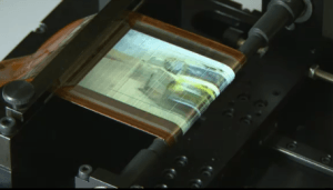 Des écrans OLED bien roulés