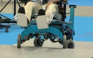 Monter les escaliers en fauteuil roulant