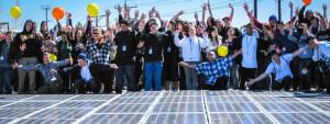 L'ONG Black Rock Solar installe des panneaux photovoltaïques dans l'école privée sous contrat Rainshadow de Reno (Nevada).