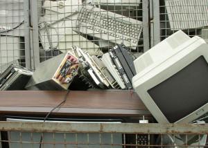 Tri des déchets d'appareils électroniques par impulsions électriques