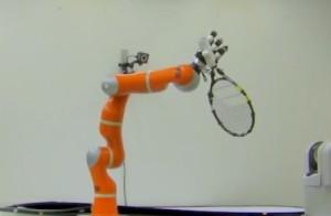 Robotarm grijpt voorwerpen uit de lucht