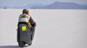 Wereldrecord: E-bike haalt bijna 350 km/h