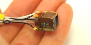 Mini-sensor meet magnetische activiteit van de hersenen