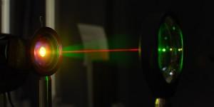 Onderzoekers maken silicium gevoelig voor infrarood licht