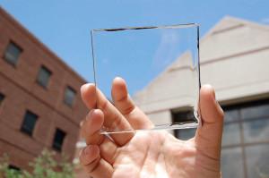 Gratis elektriciteit uit een transparante deklaag? (Foto: MIT)
