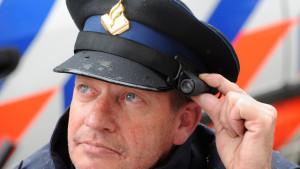 De politie in Nederland werkt steeds vaker met bodycams (archieffoto ANP).