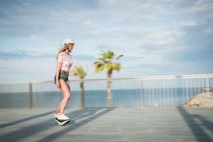 Elektrische  zelfbalancerende rolschaatsen
