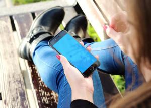 Heftig gebruik van mobieltjes is blijkbaar niet erg. Afbeelding: pixabay.com, Free-Photos