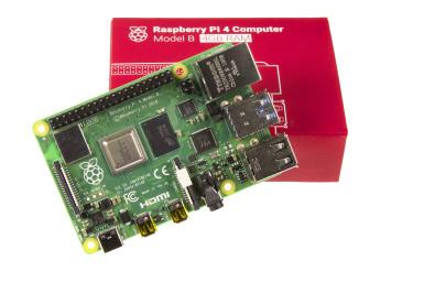 NIEUW: de Raspberry Pi 4 met 4 GB RAM (foto: Jack Jamar / Elektor).
