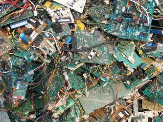 E-waste: 10 meter high wall from Oslo to Sicily