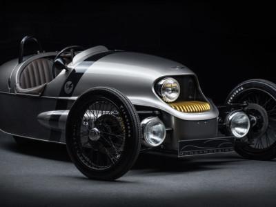 Wooden-frame 46-kW electric 3-wheeler