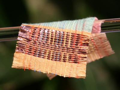 Sun and (wind) motion generate electricity in fabric