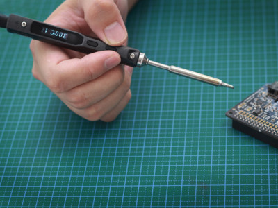 Review: Seeed Studio miniature soldering iron
