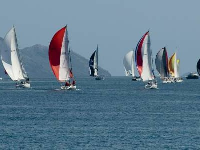 Design a LoRa-based wind measuring system for sailboat racing
