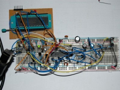 Working programmer on breadboard