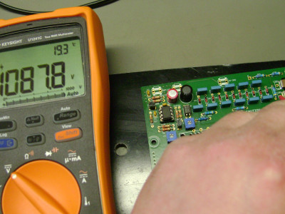 With modified components the HV power supply can easily output more than 1 kV
