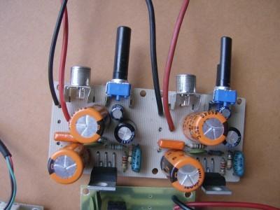 4 watts stereo amp