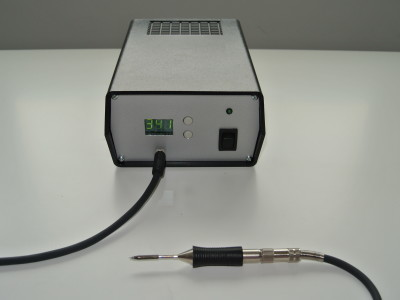 Complete soldering station including case and power supply
