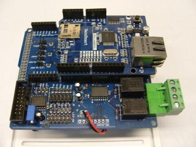 Bild 5: Arduino Mega2560, Ping-Cube Shield, Net Shield