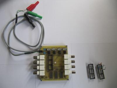Carte de prototypage rapide pour circuits analogiques linéaires