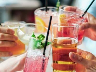 Cocktail Shaker + Internet im Selbstbau