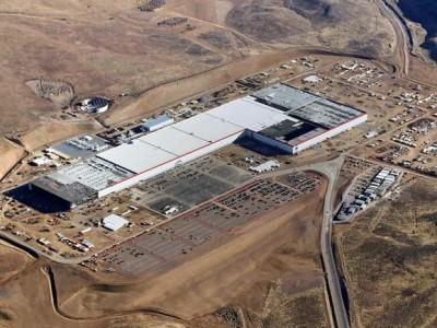 Teslas Gigafactory angelaufen
