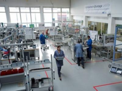 Das Fraunhofer IAO erforscht die Industrie 4.0 mittels einer Modellfabrik
