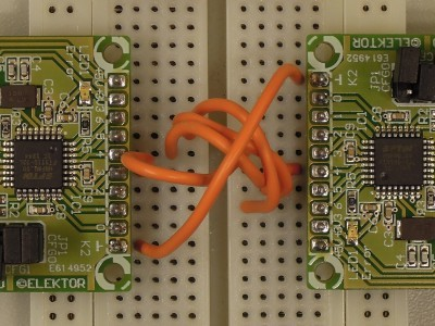 Connection of two prototypes to test the two SPI modes