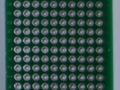 circuit imprimé à trous pour le montage
