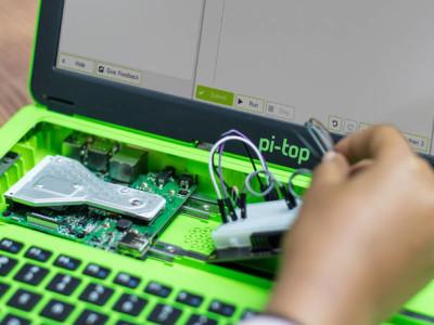 pi-top 2 : ordinateur portable RPi + écran 14 pouces pour «makers»