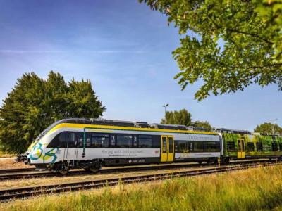Voiture automotrice hybride Bombardier pour le trafic ferroviaire