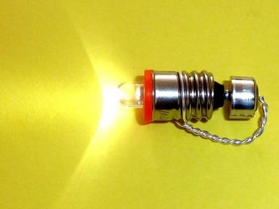 LED DC/DC booster built into an E10-bulb screw-case