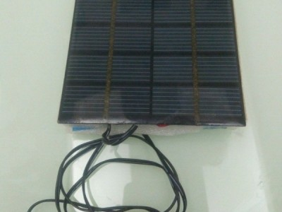 Solar charger for smartphone: