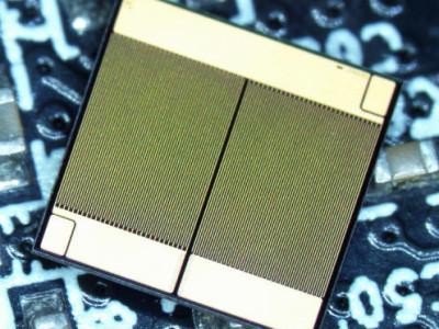 Halve bruggelijkrichter in GaN-HET-technologie voor 600V en 3 MHz