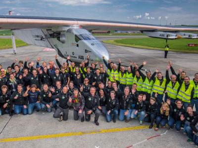Vliegtuig op zonne-energie rond de wereld